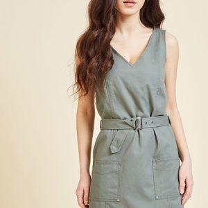 ModCloth Dresses - Modcloth Adventure's Doorstep Sheath Dress